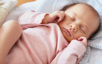 Le sommeil de votre bébé à la naissance